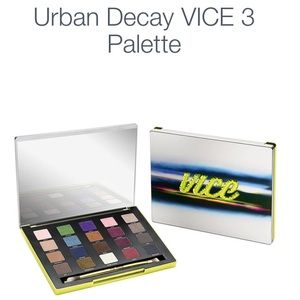 Urban decay vice 3 eyeshadow pallette 20 colors
